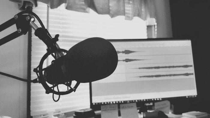 8 Digital Nomad Podcasts To Give You Itchy Feet